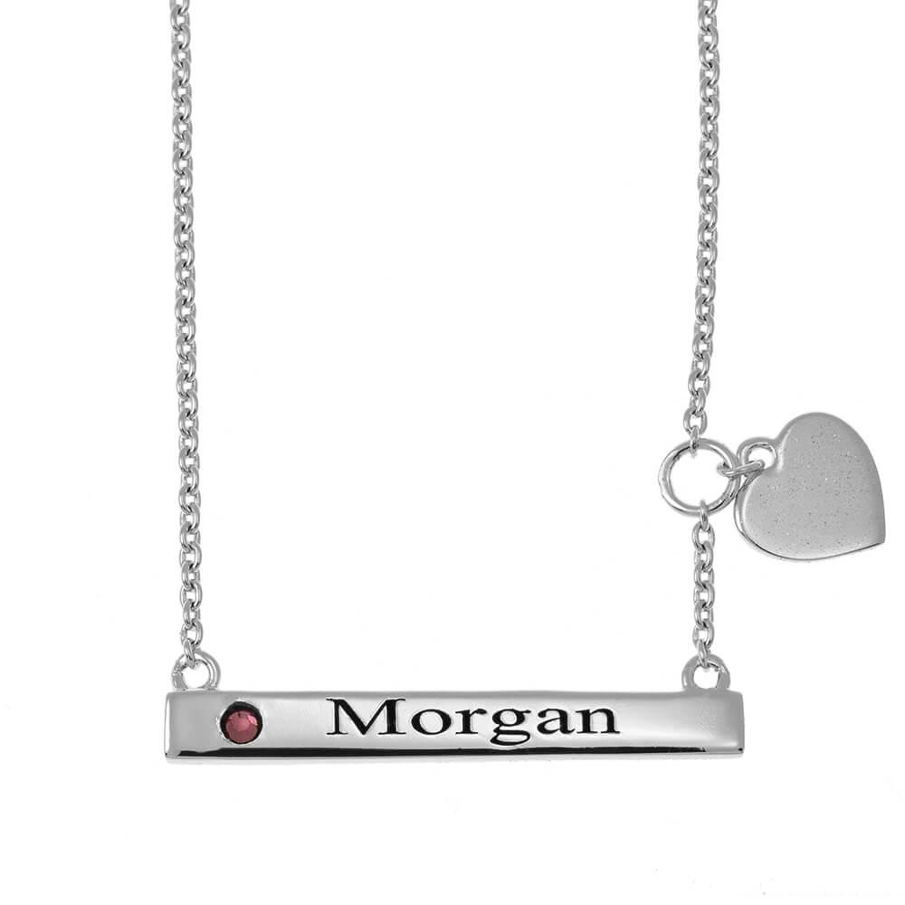 Horizontal Barra Nombre Collar With Corazón silver