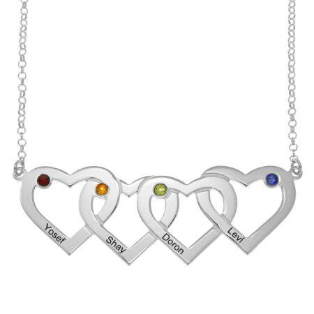 Collar de cuatro corazones entrelazados con piedras de nacimiento